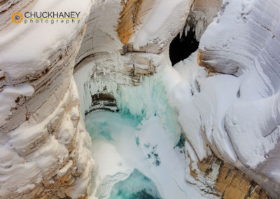 Mistaya-Canyon-Winter-©ChuckHaney